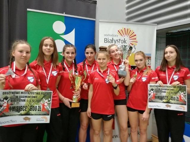 Suchedniowskie badmintonistki kończyły białostockie mistrzostwa w świetnych humorach.