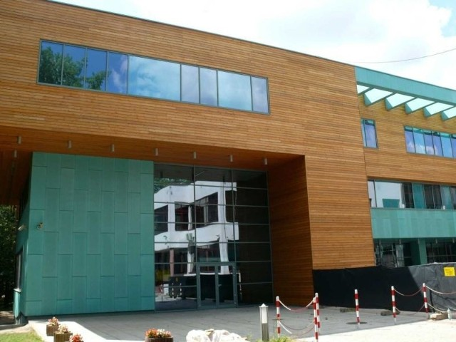 Inwestycja KUL za 21 mln zł pod lupą CBA Siedziba Inżynierii Środowiska KUL to jeden z najpiękniejszych budynków w Stalowej Woli.