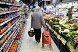 Godziny dla seniorów, czyli prosty przepis na konflikt pokoleń? Zakupy w pandemii oczami handlowców, seniorów i młodszych