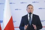 """Prezydent Andrzej Duda skrytykował pomysł PO, by wybory odbyły się za rok. """"Dziwię się, że przewodniczący Budka wyszedł z tym pomysłem"""""""
