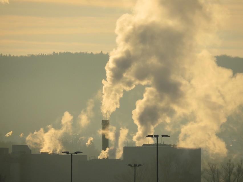 Ekolodzy biją na alarm! W Polsce mamy bardzo zanieczyszczone powietrze.