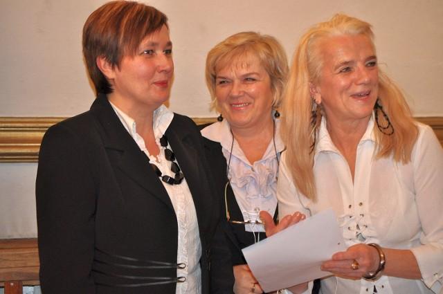 Maria Nabrzeska (pierwsza z lewej) została jednogłośnie wybrana przez radnych Rady Miasta Tarnobrzega na skarbnika tarnobrzeskiego Urzędu Miasta.