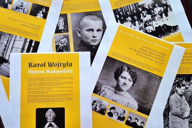 """Wystawa """"Jan Paweł II - Patron Małopolski przypomina najważniejsze wątki biograficzne przywódcy Papieża-Polaka związane z województwem"""