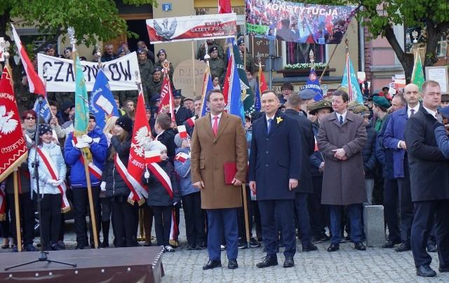 Andrzej Duda do Obornik przyjechał około godziny 18.30. Przez ponad godzinę rozmawiał ze swoimi zwolennikami