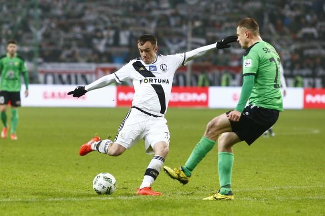 W przypadku braku napastnika Miroslav Radović może zagrać w ataku, ale najwięcej daje drużynie jako ofensywny pomocnik.