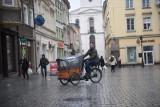 Turystyka 2020. Teraz koronawirus, a na co dzień turyści utrudniają życie mieszkańcom europejskich metropolii. Jest na to rada?