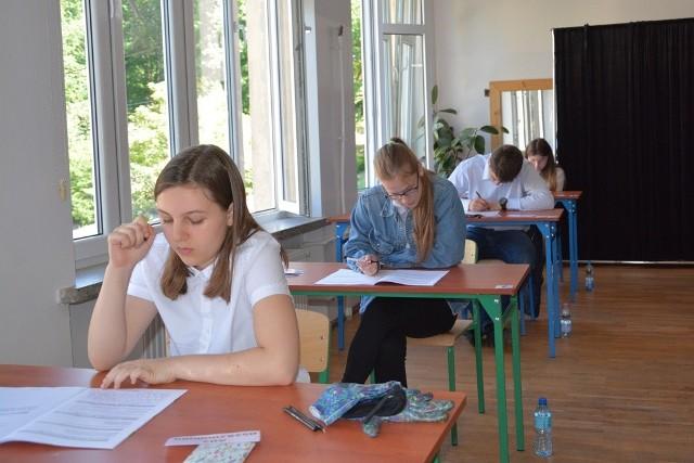 Egzamin ósmoklasisty z języka polskiego w gminie Sulechów zdawało we wtorek 184 uczniów
