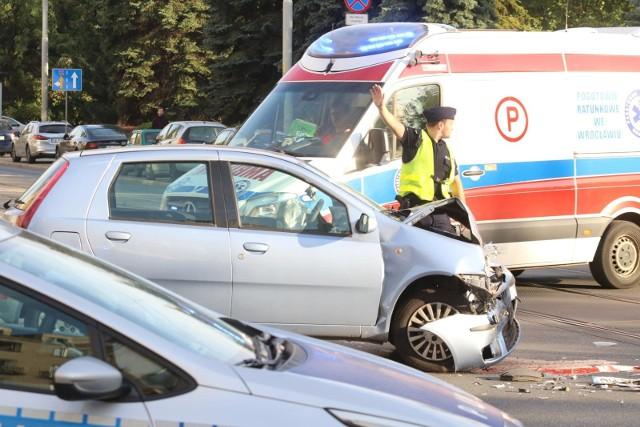 Do zdarzenia doszło z udziałem kierowcy fiata punto na drodze ekspresowej S11.