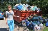 Ul. Popiełuszki 101. Śmieciowy fetor wciąż unosi się nad miastem (wideo)