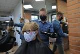 Fryzjerzy wracają do pracy! Terminy już zajęte do połowy czerwca