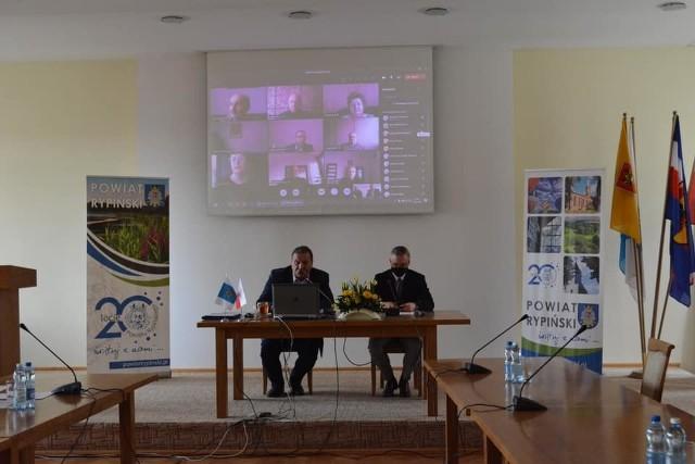 Podczas zdalnej sesji radni powiatu rypińskiego zdecydowali o przekazaniu 50 tys. zł na przygotowanie dokumentacji obwodnicy Rypina