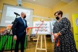 Pamiątkowy znaczek na 120. rocznicę urodzin bydgoskiego organisty trafił do obiegu