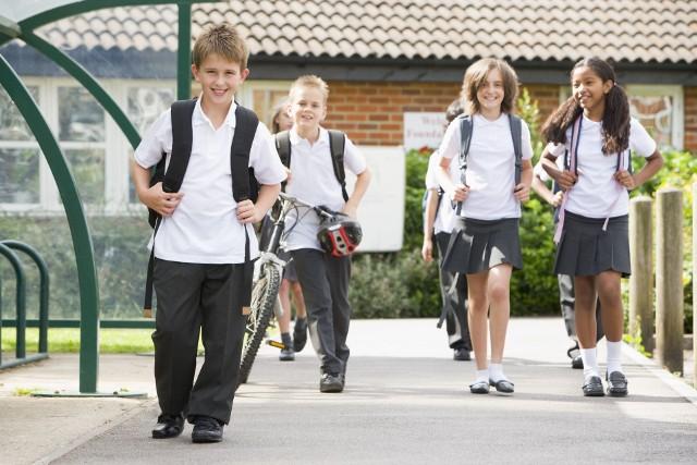 Co robić, jak postępować, na co uczulić nasze dzieci, by szkoła była dla nich bezpiecznym miejscem? SPRAWDŹCIE! Kliknijcie w zdjęcie i przeczytajcie porady --->