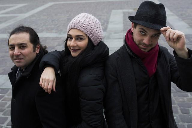 Muzyczne trio z dalekiej Syrii w Krakowie: kompozytor Wassim (z lewej), śpiewaczka operowa Christina oraz dyrygent Nadim