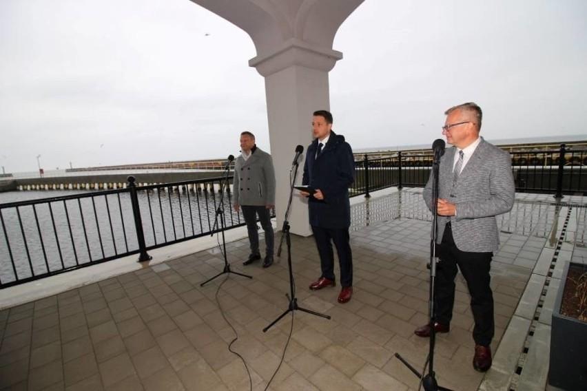 Rafał Trzaskowski na spotkaniu z samorządowcami w Darłowie....