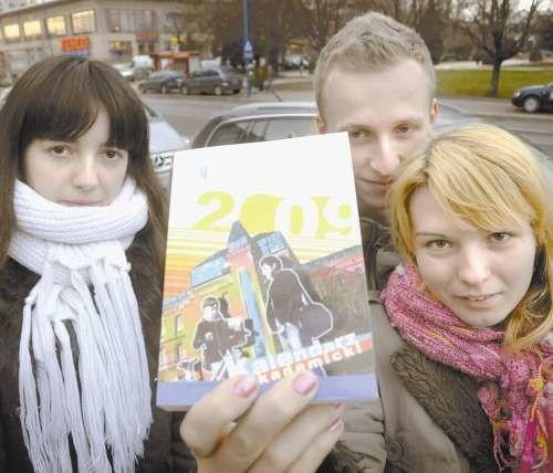 - Szkoda, że nie było czegoś takiego jak my wybieraliśmy się na studia - chwalą studenci Joanna Wachowska, Anna Zięba oraz Marcin Jach.