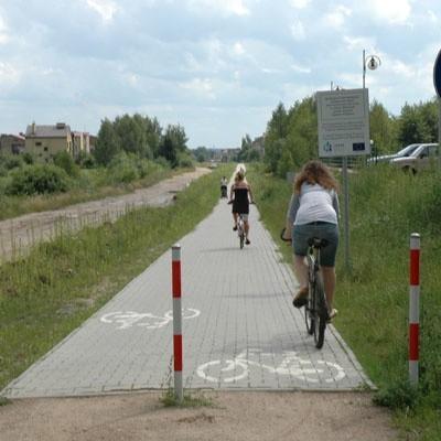 Rowerzyści mogą już jeździć po ścieżce na osiedlu Wygoda bez obawy, że będzie nią jechać samochód