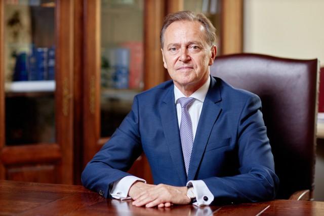 Prof. Andrzej Kidyba jest prawnikiem, wykładowcą UMCS i specjalistą od prawa handlowego