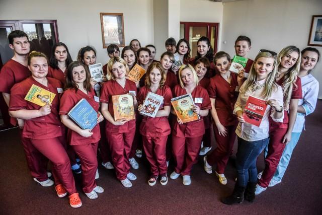 Pielęgniarki z Ukrainy miały rozpocząć pracę w szpitalu HCP, ale nie dostały jeszcze prawa wykonywania zawodu.