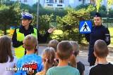 Policjanci z Międzyrzecza uczyli dzieci zasad bezpieczeństwa na drodze