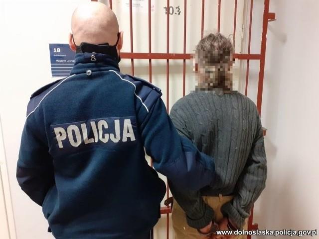 Nożownik z Nowogrodźca zatrzymany przez policję.