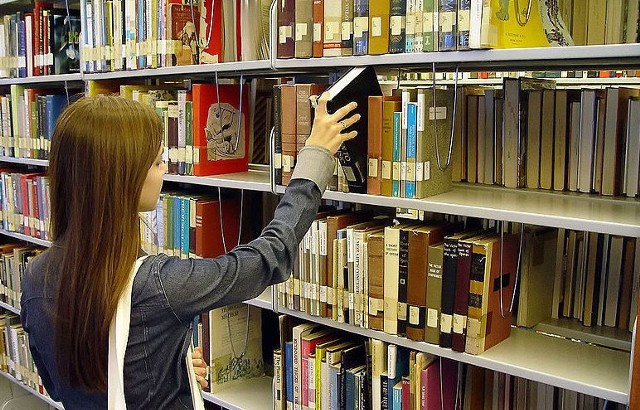 .czytać książek?