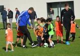Pierwszy trening nowej szkółki piłkarskiej w Szydłowcu - Furman Football Academy z udziałem Dominika Furmana (WIDEO, DUŻO ZDJĘĆ)