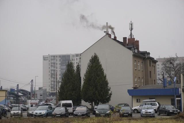 10 marca  poznaniacy mogą ogrzewać pomieszczenia za pośrednictwem pieców i kominków.