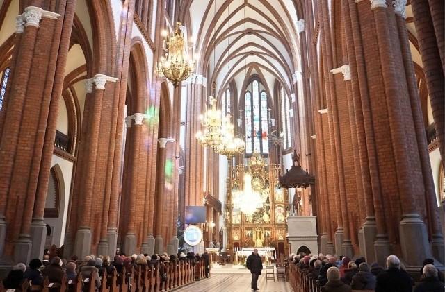Katolicka Agencja Informacyjna wydała nowy raport, dot. m. in. religijności młodych Polaków