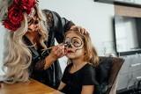 Makijaż na Halloween. Jak zrobić straszny make-up dla siebie i dziecka?