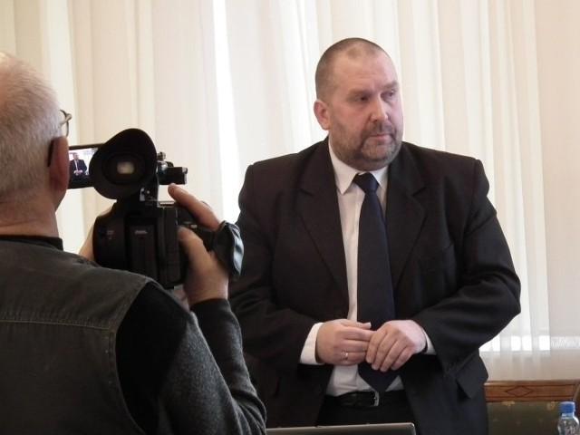 Tomasz Miechowicz, przewodniczący rady: - To dawna władza nie dopuszczała nas do głosu. Dziś my dajemy taką możliwość, opozycja nie chce skorzystać.