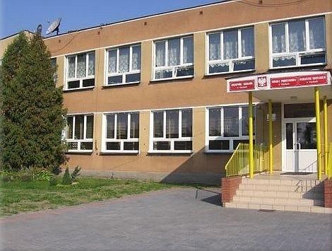 Zespół Szkół w Czyżach