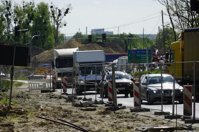 Rano samochody stały na Lechickiej, stała Naramowicka od strony Łokietka, także ul. Karpia.