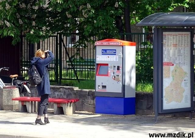 Przy ulicy Traugutta jest już biletomat.