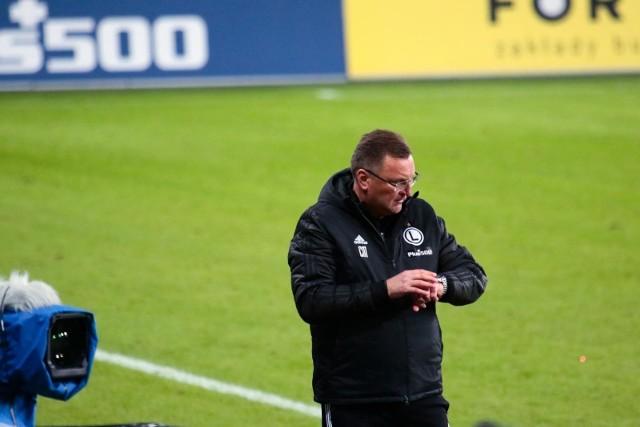 Trener Legii Warszawa Czesław Michniewicz za swoją wypowiedź po meczu z Wartą jest krytykowany przez całe środowisko piłkarskie
