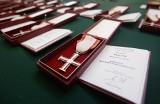 Rzeszów. Prezes IPN odznaczył opozycjonistów z czasów PRL. W Urzędzie Wojewódzkim wręczono Krzyże Wolności i Solidarności [ZDJĘCIA, WIDEO]