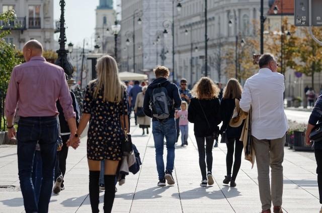 W rejestrze PESEL znajdują się blisko 299 tysięcy nazwisk noszonych przez mężczyzn oraz nieco ponad 311 tysięcy nazwisk noszonych przez kobiety