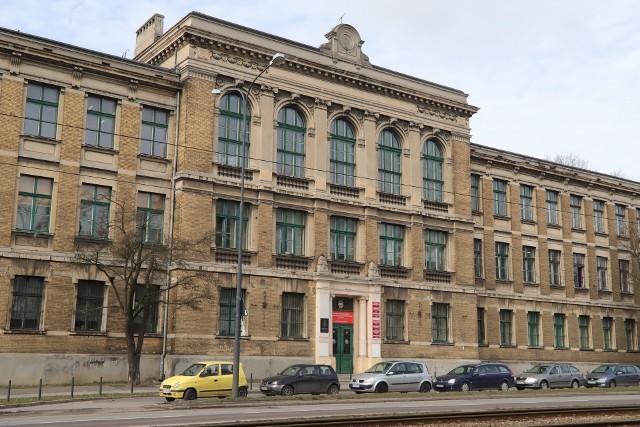 """""""Zero"""" w Łodzi można znaleźć w """"Wewnątrzszkolnym Systemie Oceniania"""" Centrum Kształcenia Zawodowego i Ustawicznego"""