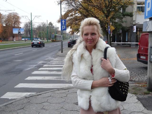 Niewidoma Barbara Klak skarży prokuraturę, w której zniknęły akta sprawy jej chorego syna
