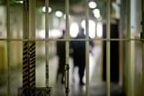 Prokuratura: Znęcał się nad żoną, zgwałcił i zmuszał do seksu przy innych. Bydgoszczanin odpowie przed sądem