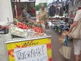 """Ryneczek """"Batory"""" obsługuje cały Widzew Wschód i z większymi konkuruje... jakością. Sprawdźcie ceny warzyw i owoców"""
