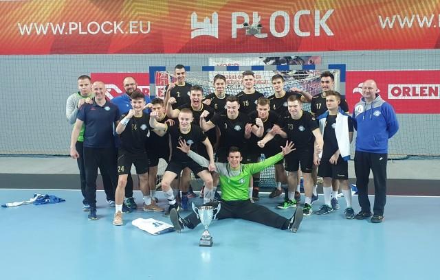 Piłkarze ręczni Anilany Łódź awansowali do Final Four mistrzostw Polski juniorów. Podopieczni trenerów Adama Jędraszczyka i Michała Matyjasika mają szanse na medal
