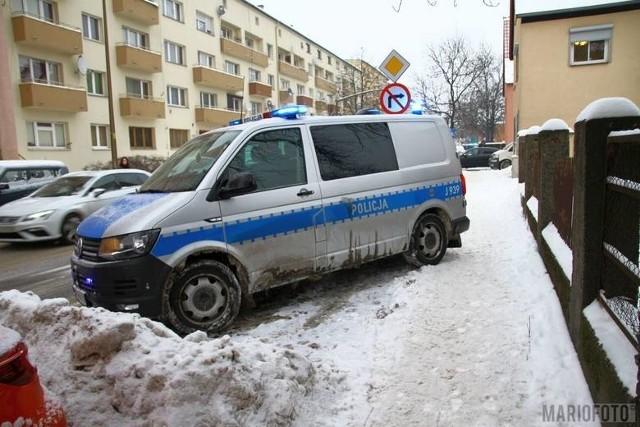 Podejrzany o środowe zabójstwo w mieszkaniu przy ul. 1 Maja w Opolu najbliższe 3 miesiące spędzi w areszcie śledczym.