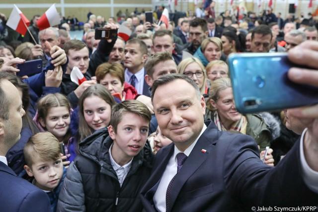 Andrzej Duda, prezydent Polski, spotkał się z mieszkańcami gminy Kulesze Kościelne