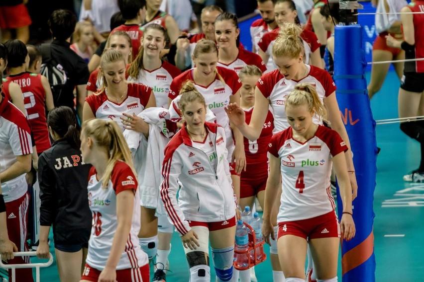 Reprezentacja Biało-Czerwonych pokonała Niemki i awansowała do półfinałów Mistrzostw Europy siatkarek 2019. Półfinał i finał rozegrane zostaną w Ankarze w Turcji w sobotę i niedzielę. Poniżej godzinowa rozpiska meczów i informacje, gdzie prowadzona będzie transmisja meczów. W drodze po złoto w sobotę Polska zmierzy się z gospodarzami, Turcją.