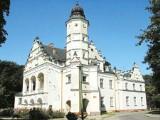 Pałac w Poddębicach: Ogród zmysłów zachwyci turystów [PERŁA REGIONU]