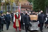 Pogrzeb budowniczego bazyliki w Licheniu. Księdza Eugeniusza Makulskiego żegnali wierni i duchowni [ZDJĘCIA]