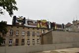 Łódź: Dwa nowe murale spod ręki jednego artysty. Ale jeden trochę ukryty