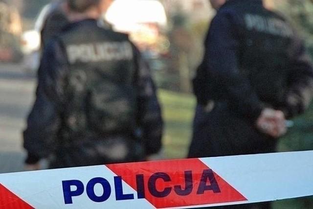 34-latek miał zabić 21-latka, uderzając go nożem i siekierą.