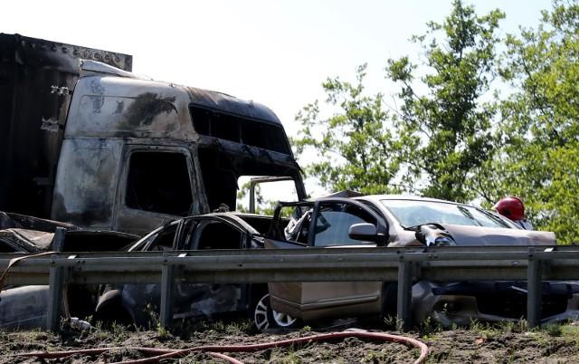 W karambolu na A6 zginęło 6 osób. Zapadł wyrok w sprawie (zdjęcie archiwalne)